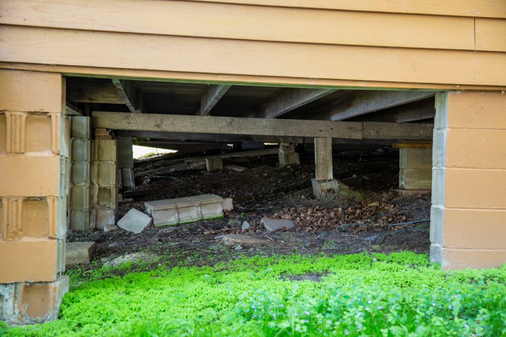 The Correct Way To Deal With Water Accumulating In The Crawl Space Under Your House Rytech