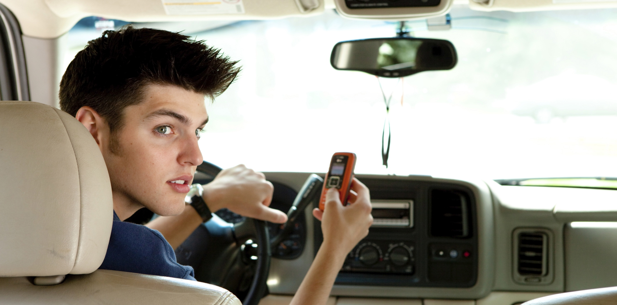 an argument against teenagers driving cars in the united states Some of the most important highway safety laws affecting teen driving and uniformly adopted by every state resulted from the united states congress legislating in order to spur state enactment these include the national minimum 21 year old drinking age, the zero tolerance blood alcohol concentration (bac) law for underage drinking and driving.