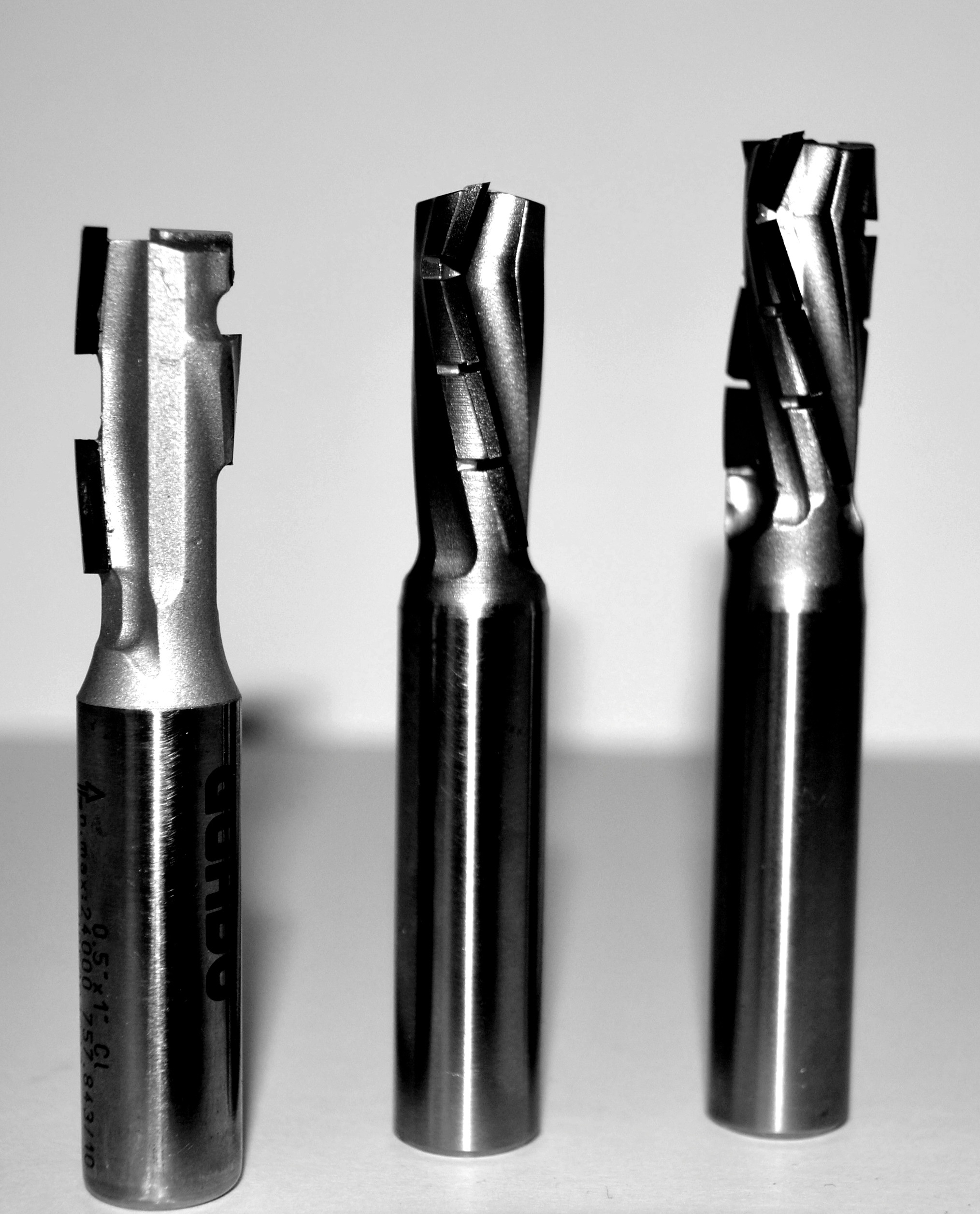 "1//2"" Diameter PCD Diamond Tipped Chamfer Cutter Carbide Body 90 Degree Angle"